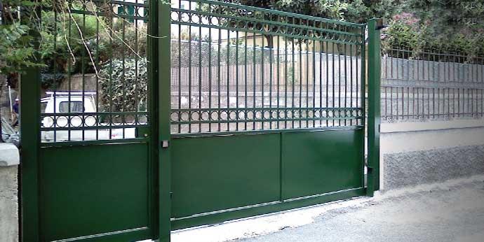 Cancelli Scorrevoli A Due Ante.Genova Serrande Cancelli Scorrevoli